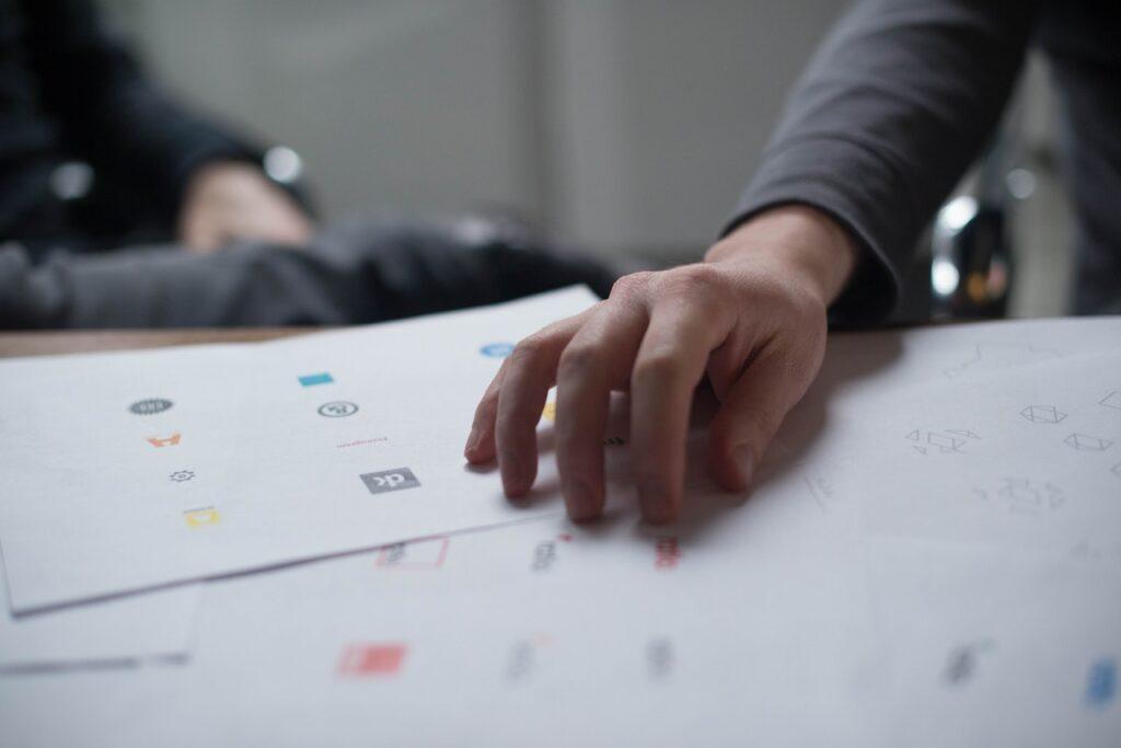 Logo Designers UK For Small Businesses
